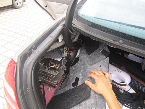 Mercedes Benz W211 Radio Removal and Install Android W211