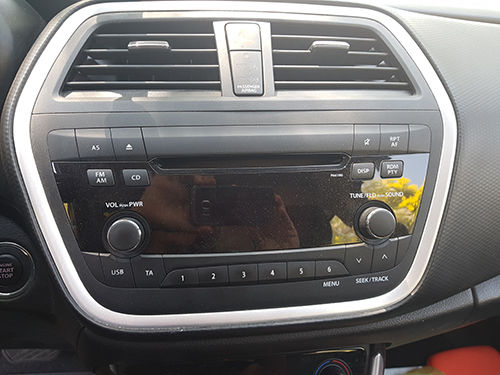 Suzuki crossover 2014 dash radio