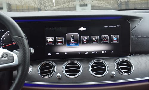Aftermarket Android head unit